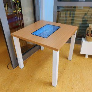"""Pevný stůl """"4 nohy"""""""